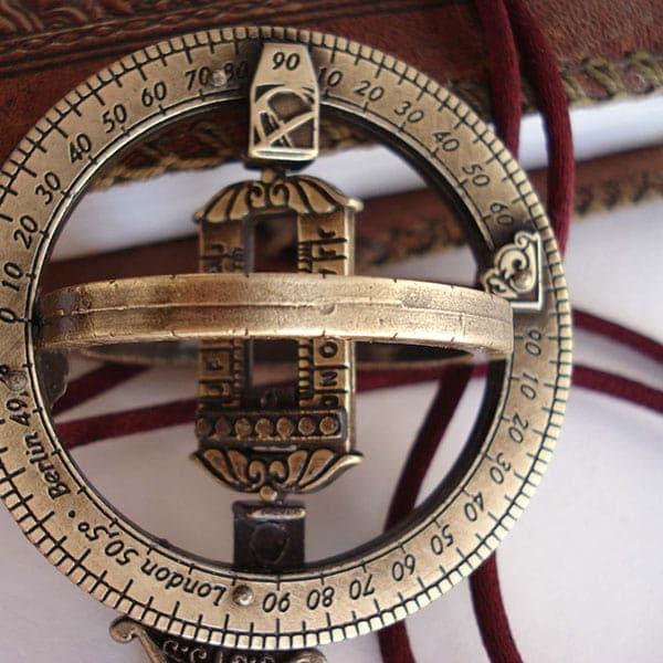 Anneau Astronomique - perles du temps