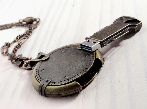 clé USB steampunk, clé USB 16GO, clé usb cryptex de perles du temps, clé USB design industriel