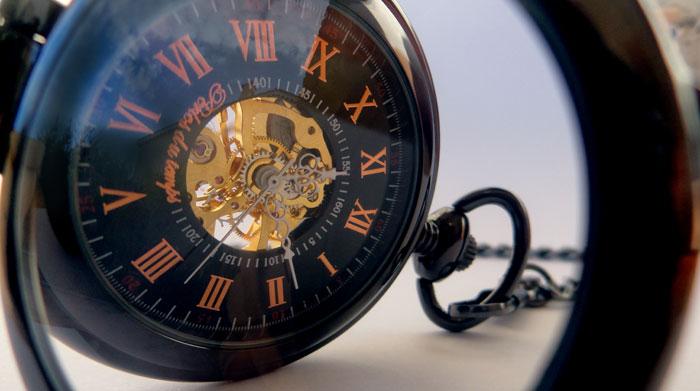 """montre de poche homme parfaitement noire, """"Élégance noire"""" La création de perles du temps. Montre macanique squelette dans le tendance de steampunk .Mécanisme de qualité"""