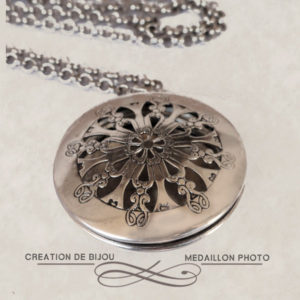 médaillon porte photo pour femme, bijou ancien, médaillon photo argent, médaillon victorien round, médaillon perles du temps, pendentif femme