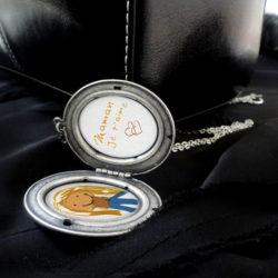 dessin enfant fête des mères dans le collier argent de perles du temps, pendentif femme vintage, pendentif victorien porte-photo, médaillon personnalisé de perles du temps
